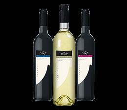 שלישיית בקבוקי יין, מימין: יין אדום, לבן ואדום