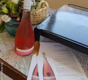 בקבוק יין רוזה אסנס
